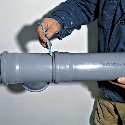 З'єднання каналізаційних труб